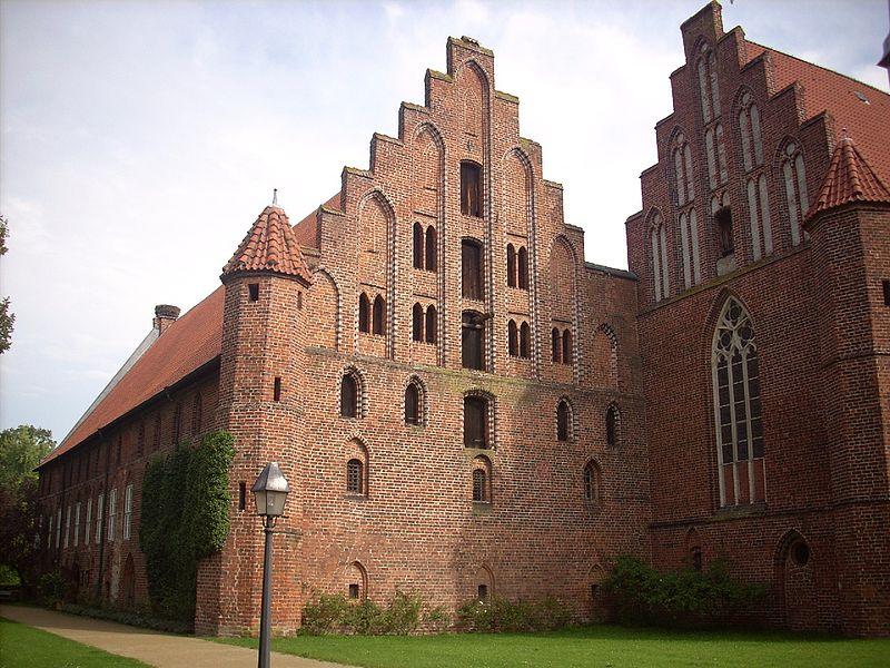 800px-Kloster_Wienhausen_3
